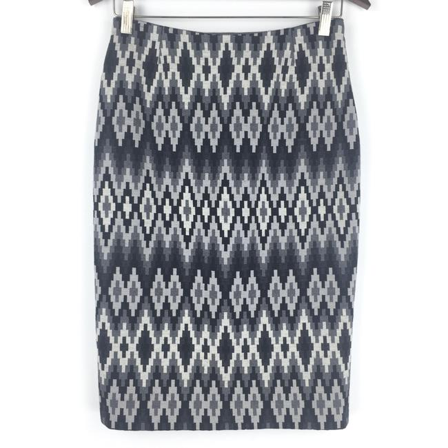 Preload https://img-static.tradesy.com/item/24946086/michael-kors-gray-wool-geometric-printed-pencil-skirt-size-4-s-27-0-1-650-650.jpg