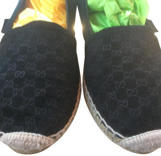 Gucci ***Reduced 8/5*** Black Flats Image 0