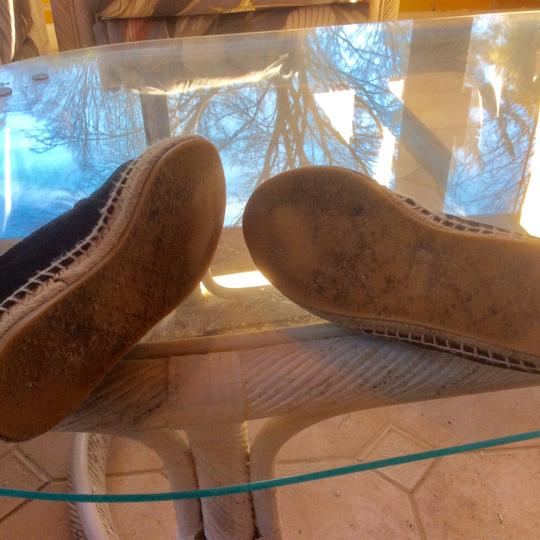 Gucci ***Reduced 8/5*** Black Flats Image 4