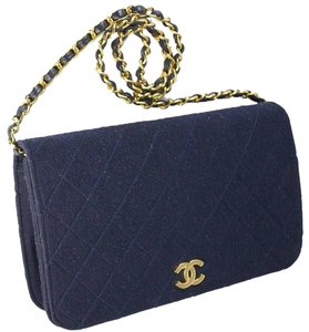 9a5855fb576f Added to Shopping Bag. Chanel Shoulder Bag. Chanel Classic Flap Knit  Quilted Dark Navy ...
