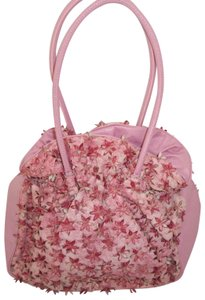 Sondra Roberts Floral Rosette Flowers Bucket Tote in Pink