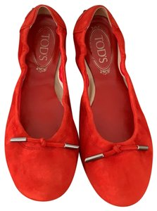 c039ceae142 Women's Red Tod's Shoes - Up to 90% off at Tradesy