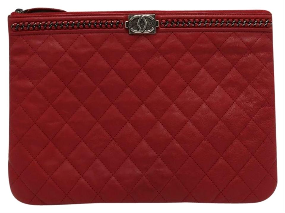 9d829314735f Chanel Quilted Medium O Case with Chain Detail Red Calfskin Leather ...