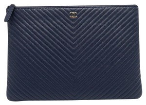 aab2f09487a8 Blue Chanel Clutches - Up to 90% off at Tradesy