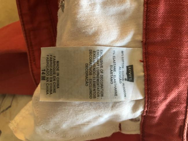 Levi's Brick Red The Capri/Cropped Jeans Size 35 (14, L) Levi's Brick Red The Capri/Cropped Jeans Size 35 (14, L) Image 4
