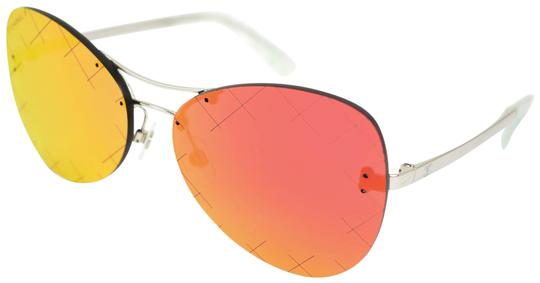 Preload https://img-static.tradesy.com/item/24948160/chanel-pilot-silver-metal-and-cc-logo-red-quilted-mirrored-yv-sunglasses-0-1-540-540.jpg