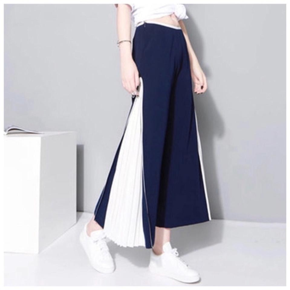 a5ebb90660bcf ME Boutiques Private Label Collection Capri Cropped Pants Navy Blue   White  ...