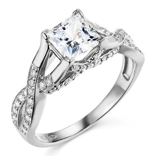 Preload https://img-static.tradesy.com/item/24949007/white-woven-trellis-1-ct-princess-cut-cz-engagement-in-14k-ring-0-0-540-540.jpg
