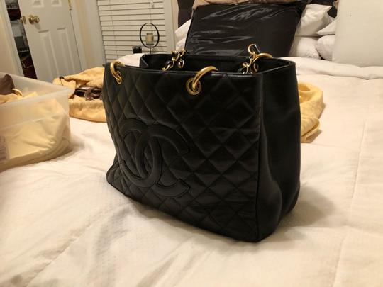 Chanel Tote Image 1