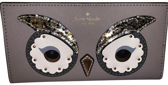 Preload https://img-static.tradesy.com/item/24949976/kate-spade-new-york-star-bright-owl-stacy-women-s-wallet-card-id-holder-tan-leather-clutch-0-1-540-540.jpg