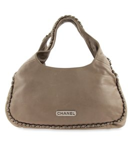 Chanel Modern Chain Leather Shoulder Bag
