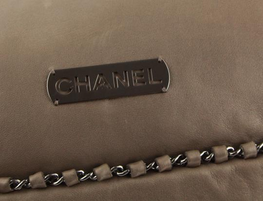 Chanel Modern Chain Leather Shoulder Bag Image 6