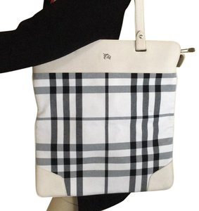 Burberry Nova Check Totes - Up to 70% off at Tradesy af89dfc0a8fcd