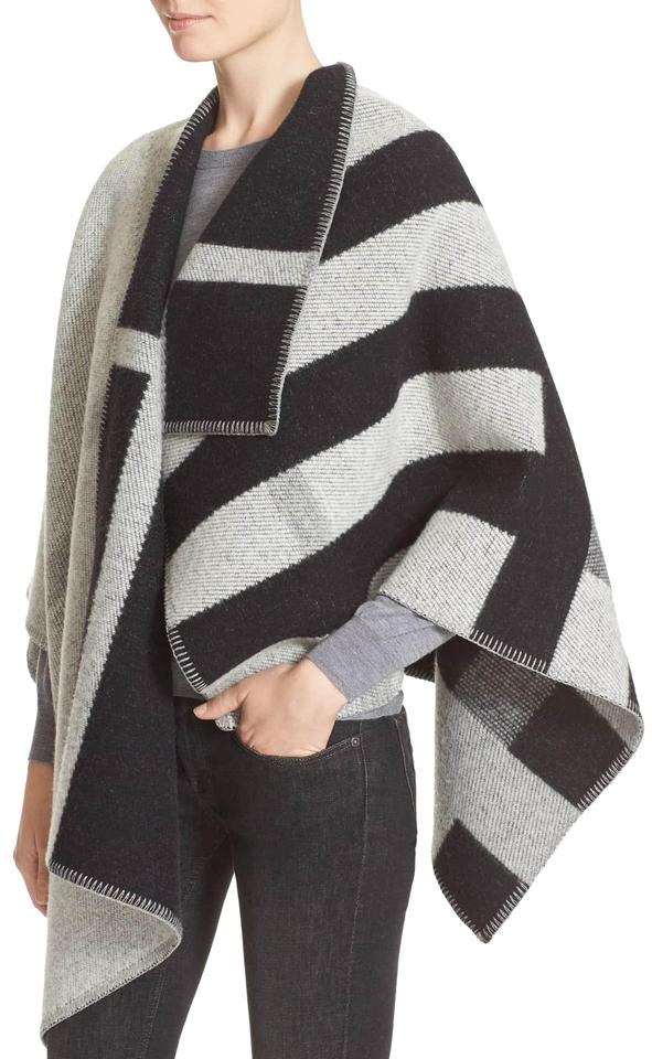 9baeb425c Burberry Grey Mega Check Wool Cashmere New with Tag Poncho/Cape Size ...