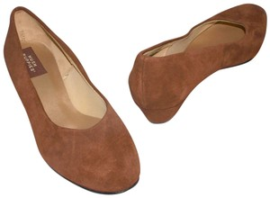 Hush Puppies New Suede Suede Leather Brown Pumps