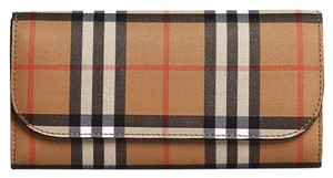 Burberry vintage check leather
