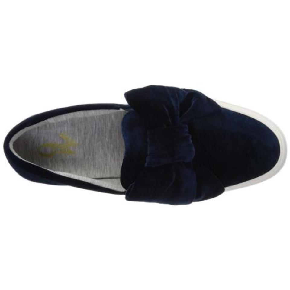 5c2cc17180bcd Nine West Navy Velvet Fabric Onosha Bow Slip Sneakers Size US 6.5 ...