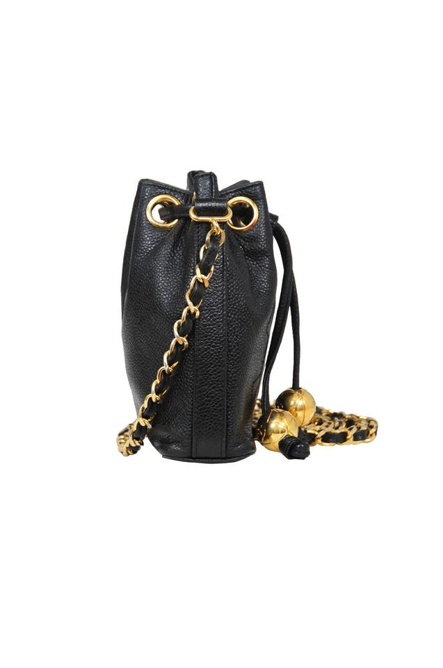 88cf8d035425 Chanel Vintage Quilted Shoulder Caviar Leather Cross Body Bag Image 5.  123456