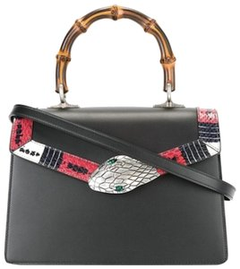 Gucci Handles Tote in Charcoal3