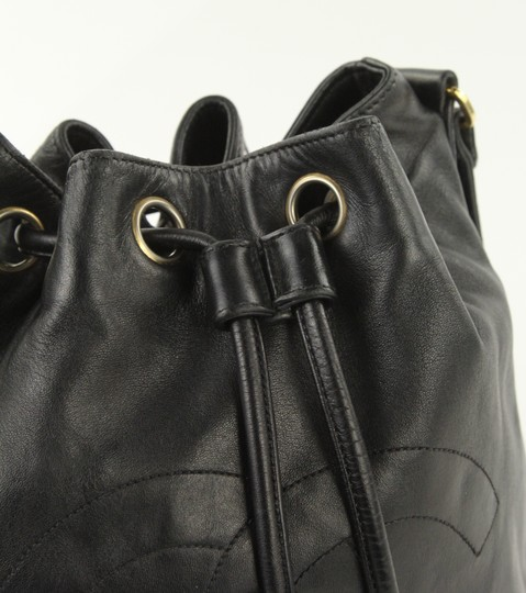 Chanel Vintage Bucket Lambskin Leather Shoulder Bag Image 7