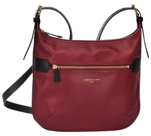 Longchamp Cross Body Bags - Up to 90% off at Tradesy f371d08beb738
