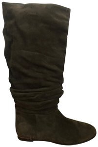 Burberry Olive Green Boots