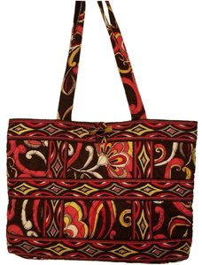 Vera Bradley Bags - Up to 90% off at Tradesy f439f4fae161b