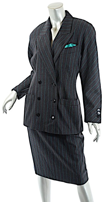 Preload https://img-static.tradesy.com/item/24961630/escada-charcoal-vintage-green-wool-blend-striped-db-810-skirt-suit-size-10-m-0-1-650-650.jpg