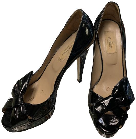 Preload https://img-static.tradesy.com/item/24961987/valentino-black-garavani-womens-peep-toe-bow-detail-pumps-size-eu-37-approx-us-7-regular-m-b-0-2-540-540.jpg