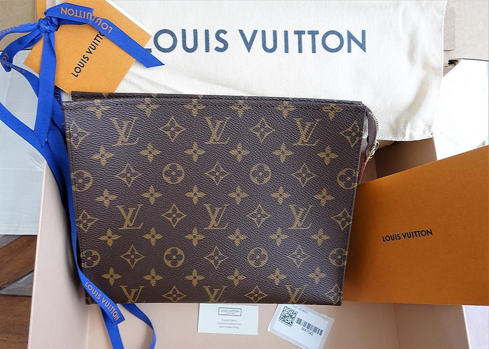 Louis Vuitton Neverfull Toiletry Pouch Boy Mini Monogram Clutch. 1234567 c586fb0ff8193