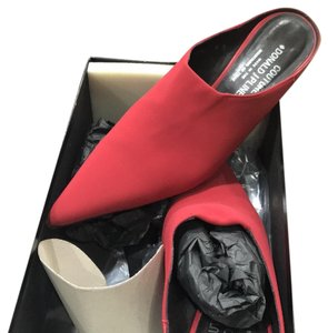 Donald J. Pliner red Mules