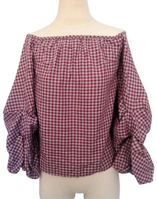 Preload https://img-static.tradesy.com/item/24962481/pink-and-gray-gingham-off-shoulder-balloon-sleeve-blouse-size-8-m-0-1-650-650.jpg