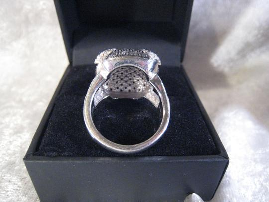 Unknown Sterling Silver/Black Saphire Ring Image 2