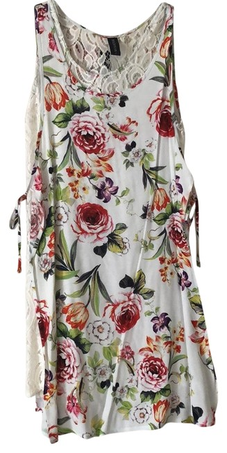 Preload https://img-static.tradesy.com/item/24962748/minkpink-whitefloral-style-name-unknown-short-casual-dress-size-4-s-0-1-650-650.jpg