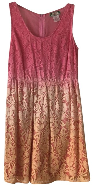 Item - Pink/Coral/Peach Id11615 Short Casual Dress Size 8 (M)