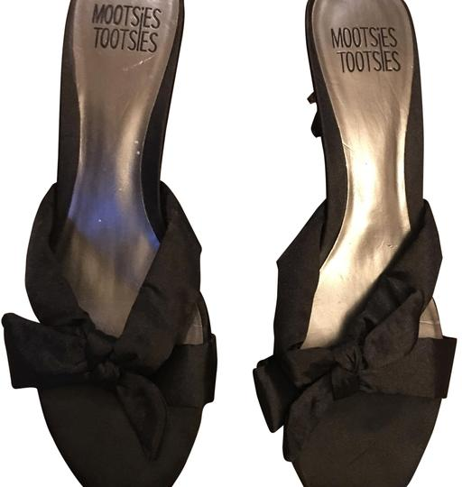 Preload https://img-static.tradesy.com/item/24963389/mootsies-tootsies-black-20-formal-shoes-size-us-10-regular-m-b-0-1-540-540.jpg