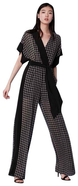 Item - Black and Grey Short-sleeve Faux Wrap Romper/Jumpsuit