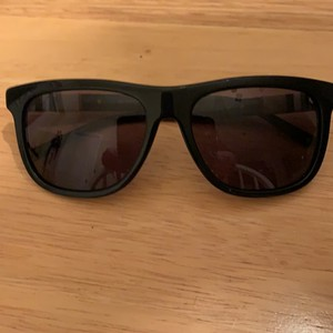 e3d903d3004 Black Burberry Sunglasses - Up to 70% off at Tradesy