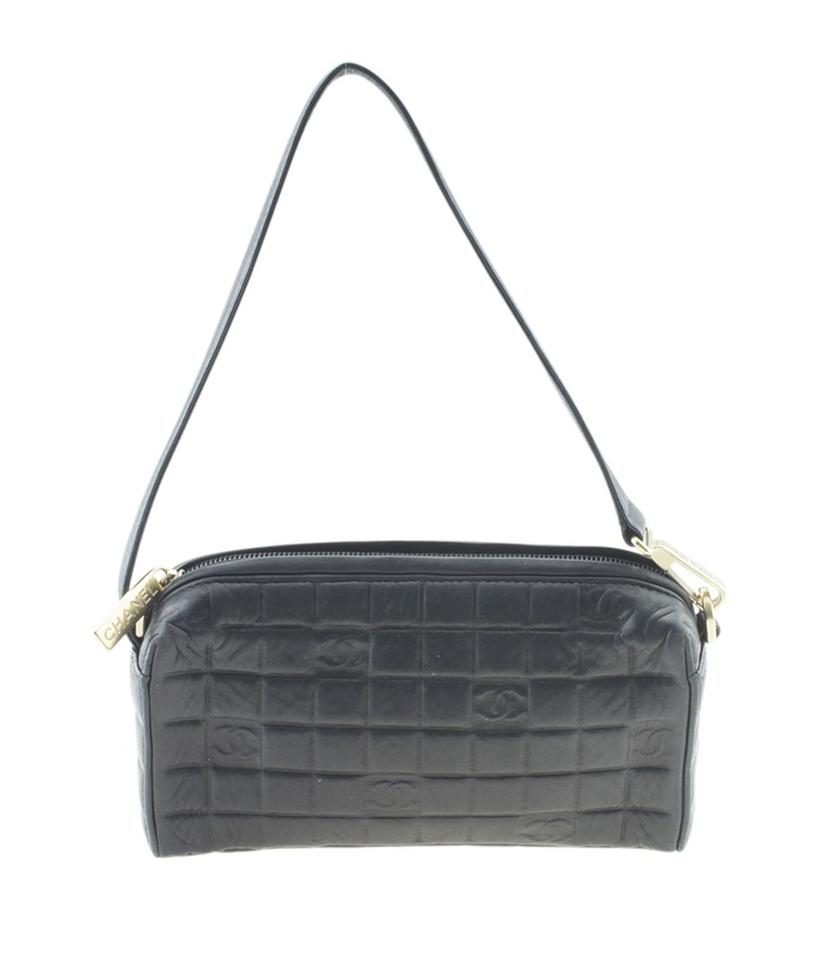 3cb489a87b8186 Chanel Chocolate Bar Pochette Quilted (166944) Black Leather Weekend ...