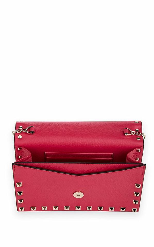 3fdf74576c18 Valentino Rockstud Chain Wallet   Clutch Disco Pink Grained Leather ...