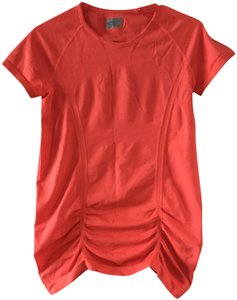 19f957c12cec2f Athleta Athletic Tops - Up to 90% off at Tradesy (Page 2)