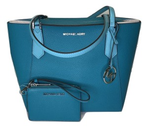 Michael Kors Matching Set Shoulder Messenger Crossbody Monogram Satchel in Tile Blue