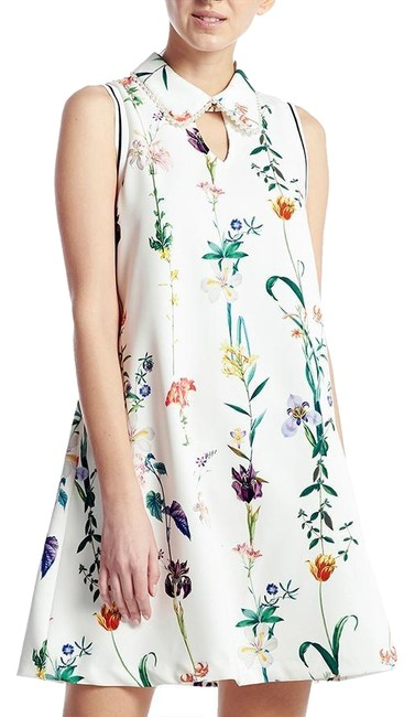Preload https://img-static.tradesy.com/item/24968694/gracia-flower-a-line-mid-length-with-printing-short-casual-dress-size-4-s-0-1-650-650.jpg