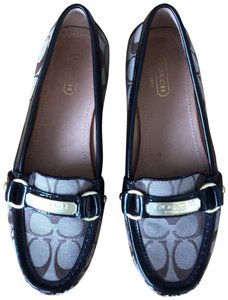 11dc617c903 Coach Flats - Up to 70% off at Tradesy