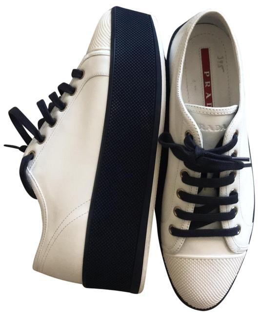 Item - White and Blue Platform Sneakers Size EU 39 (Approx. US 9) Regular (M, B)