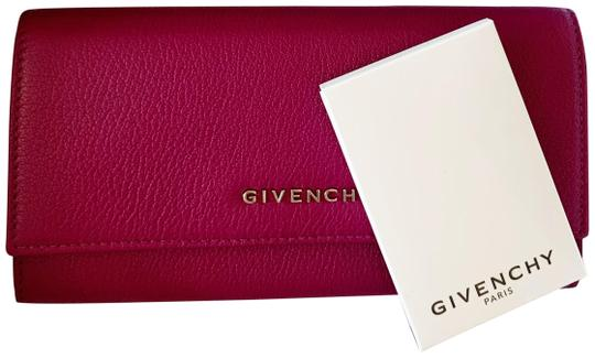 Preload https://img-static.tradesy.com/item/24973742/givenchy-lilac-pandora-long-flap-in-leather-wallet-0-1-540-540.jpg