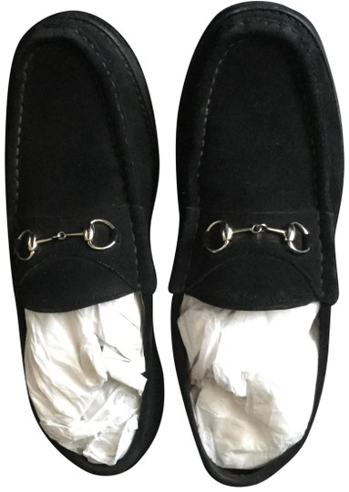 Preload https://img-static.tradesy.com/item/24974682/gucci-black-horsebit-suede-loafers-in-the-box-and-bag-flats-size-us-105-regular-m-b-0-2-540-540.jpg