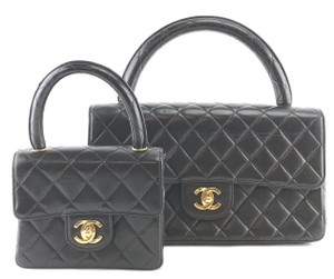 Chanel Cc Leather Vanity Case Cosmetic Satchel in black 9f539b759cd12