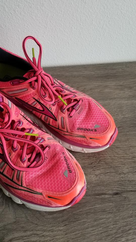 290a02706a0 Brooks Pink Magenta Purple Transcend Ultimate Sneakers Size US 10.5 ...