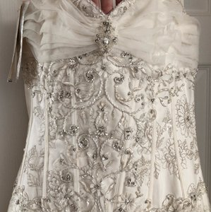 Sophia Tolli Ivory With Tags Attached Feminine Wedding Dress Size 14 (L)